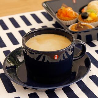 これで飲めば一味違う!?そんなコーヒーカップのブランドご紹介☆彡のサムネイル画像