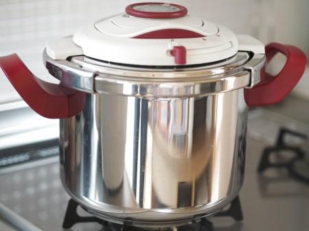 圧力鍋の効果と圧力鍋でつくるビーフシチューのレシピもご紹介のサムネイル画像