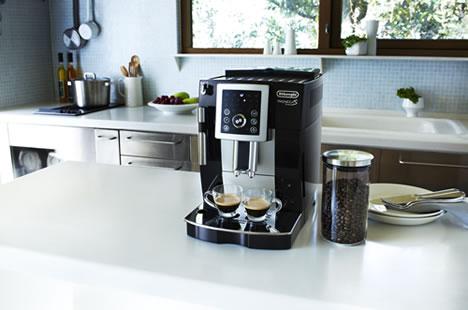 本格的なカフェの味を家庭で再現!おすすめエスプレッソマシン5選!のサムネイル画像
