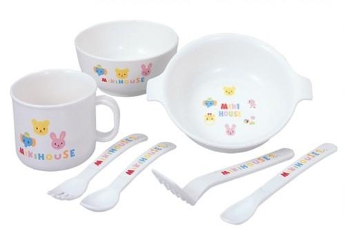 離乳食を楽しく始められる、赤ちゃんもママも喜ぶベビー食器10選!のサムネイル画像