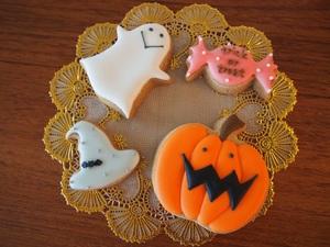 かわいいクッキー型で!ハロウィンは手作りクッキーで決まり!のサムネイル画像