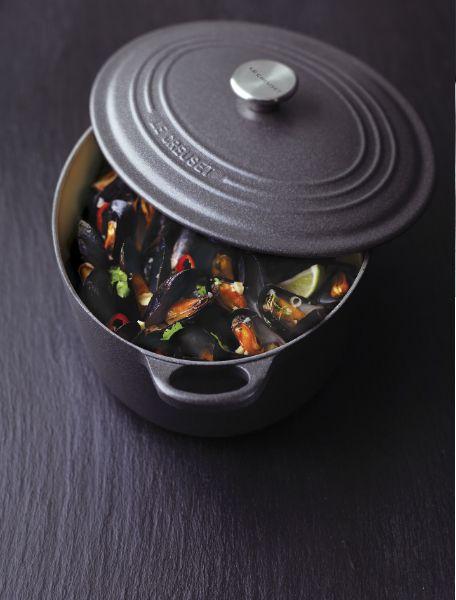鋳物のお鍋って何が良いの?特選・頼れる⑨種のブランド鋳物鍋のサムネイル画像